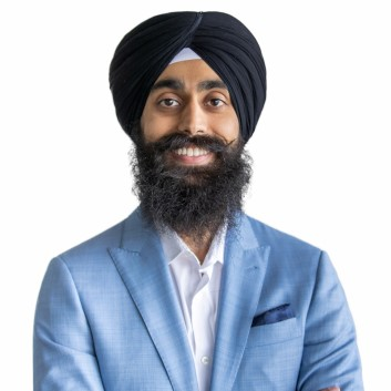 Amrit Chauhan Real Estate Agent
